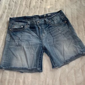 Miss Me jean shorts bermuda rhinestone lightwash